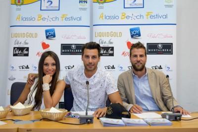 Francesca De Andrè e Daniele Interrante con l'assessore Rossi