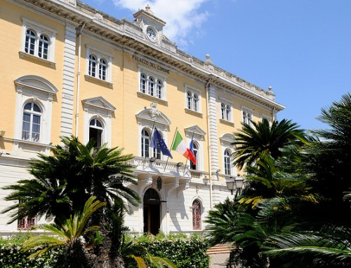 Restyling per la rotatoria di Piazza Quartino