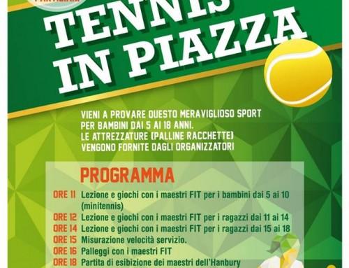 """Piazza Partigiani si trasforma in un campo da tennis per """"Tennis in Piazza"""""""