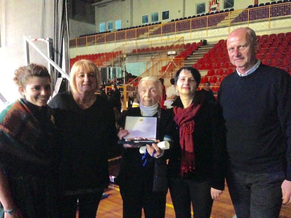 Giornata della Memoria, Sindaco e Vice Sindaco consegnano le chiavi della Città a Nina Otrosdenova