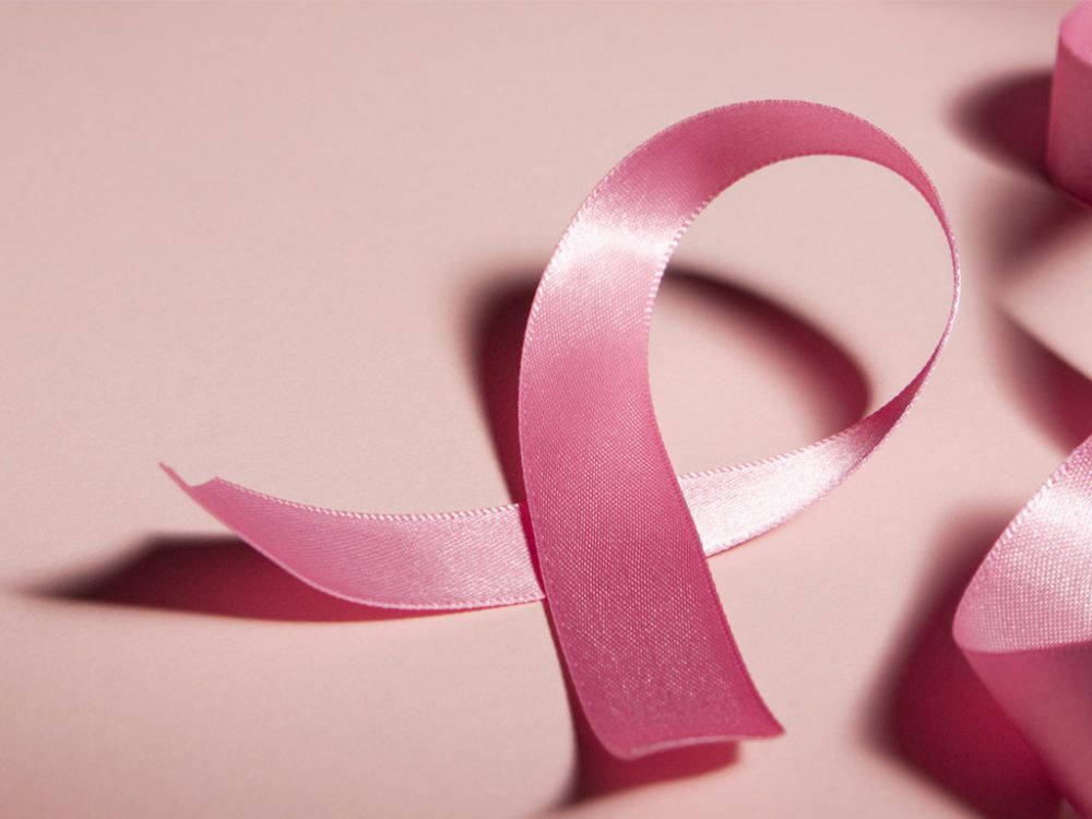 """""""Alassio si tinge di rosa"""" per dire no al tumore al seno"""