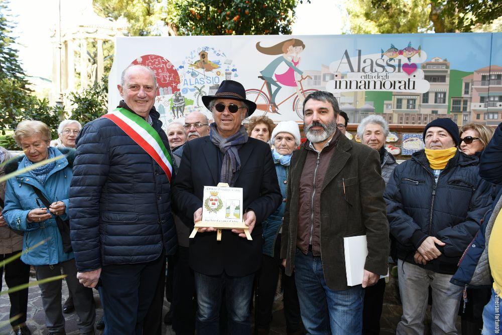 Una piastrella celebra l'amicizia tra Alassio e Cassano d'Adda