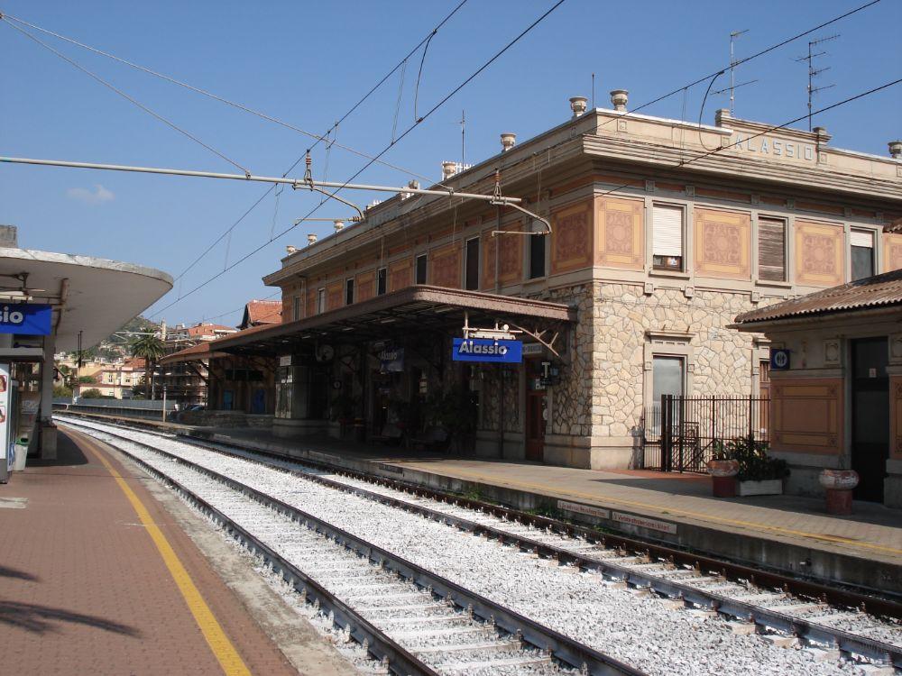 Accesso per disabili alla Stazione: Melgrati scrive alle Ferrovie