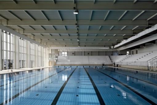 Alassio: nuovi infissi per la piscina comunale