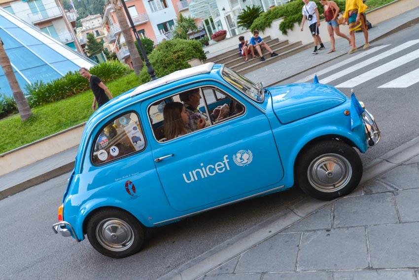 """""""Un tuoFrancobolloperAzzurra"""": da Artender la mostra di mail art per sostenere l'Unicef"""
