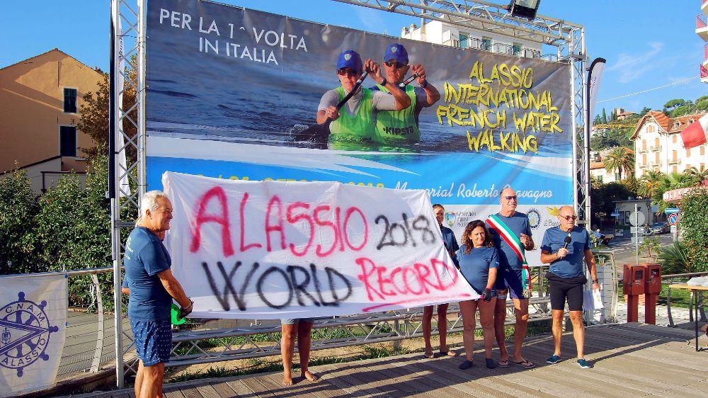 Marcia Acquatica: Alassio chiamata alla sfida del record