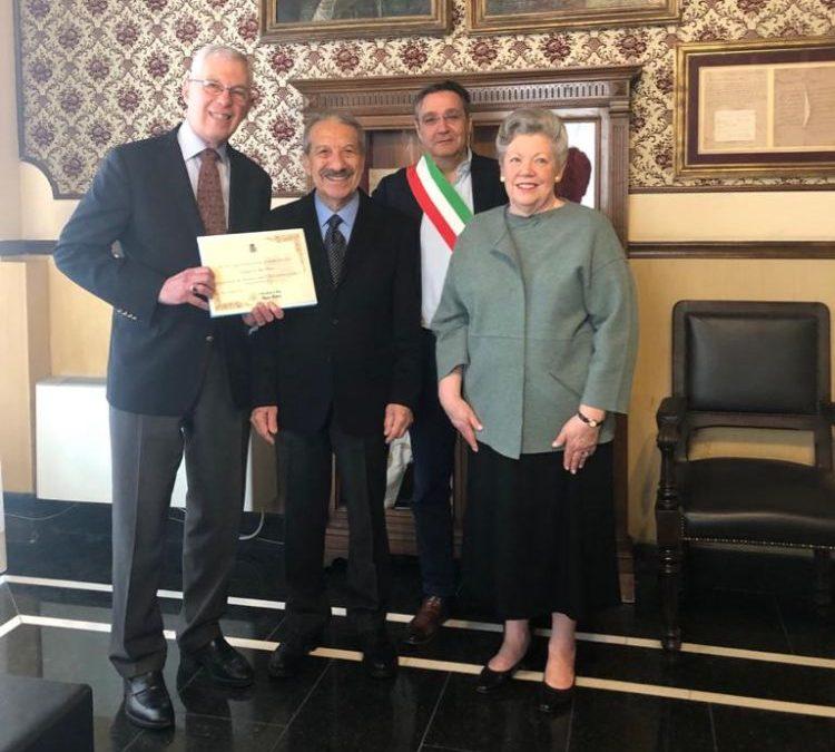 Alassio premia Alan e Gayle Fridkin, da Boston turisti fedeli da trent'anni