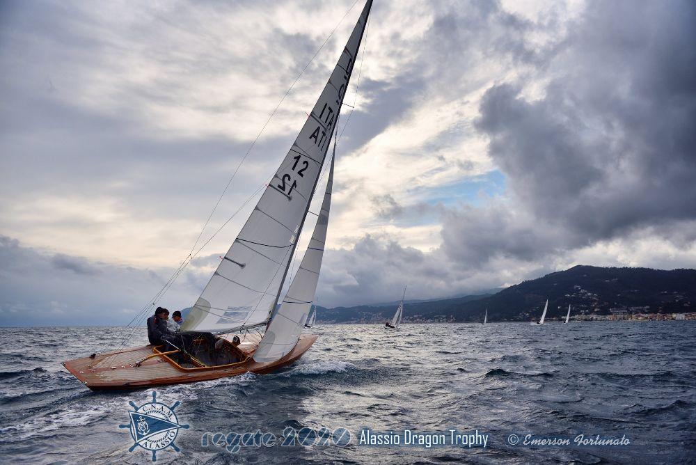 Dopo due giorni di bonaccia il vento premia la russa Basalkina