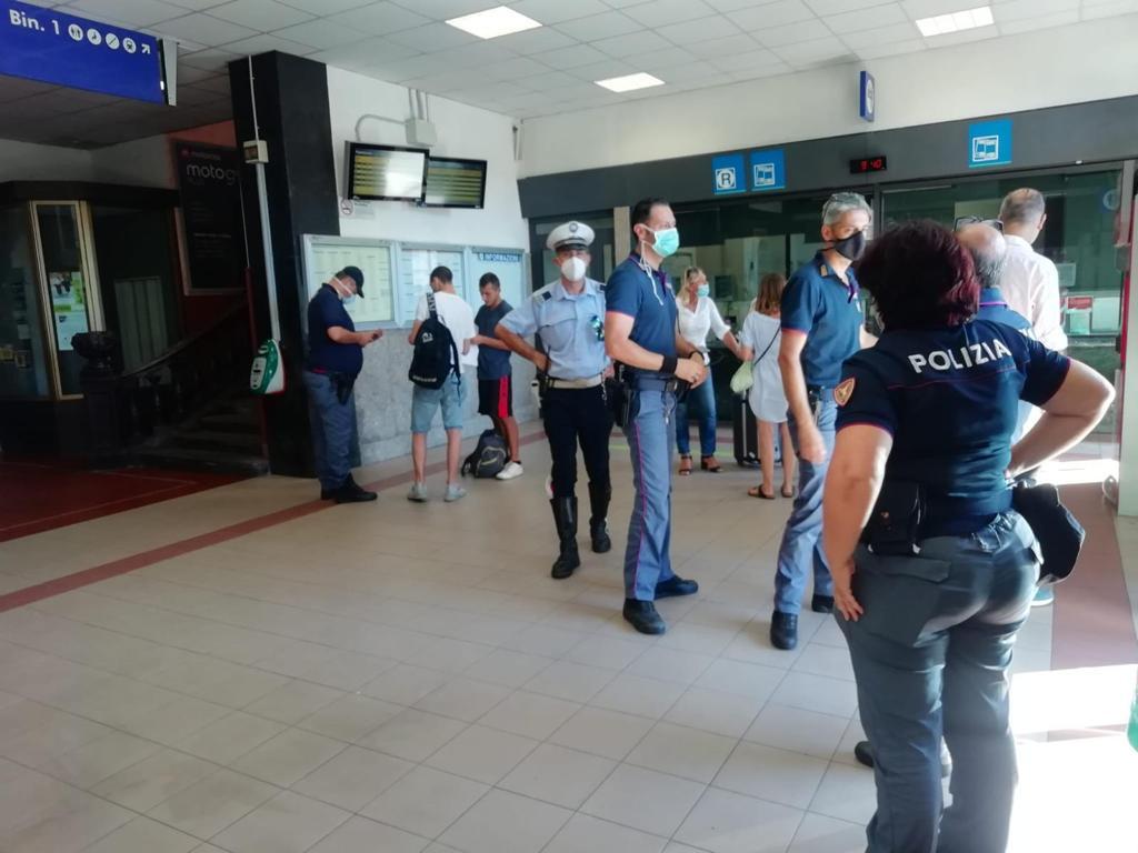 Polizia Municipale e Forze dell'Ordine: controlli a tappeto