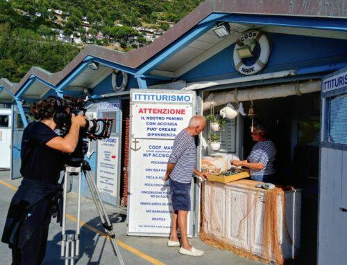 Le telecamere di Geo in Porto ad Alassio per l'outdoor del mare
